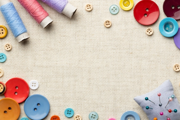 Bovenaanzicht naaien concept met draad