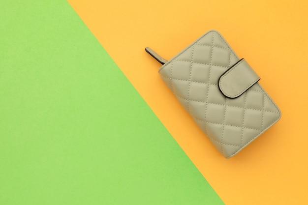 Bovenaanzicht nieuwe vrouwentas of portemonnee