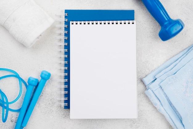 Bovenaanzicht notitieboekjes assortiment
