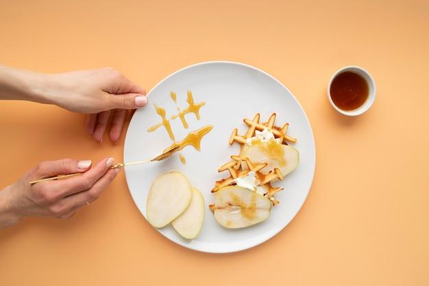 Bovenaanzicht ontbijtmaaltijd arrangement