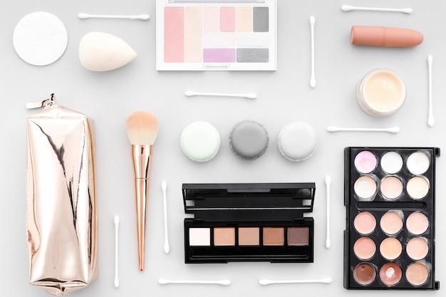 Bovenaanzicht opgeruimd make-up