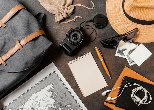 Bovenaanzicht opstelling van verschillende reiselementen