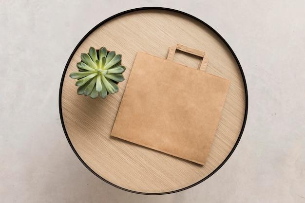 Bovenaanzicht papieren zak kopie ruimte