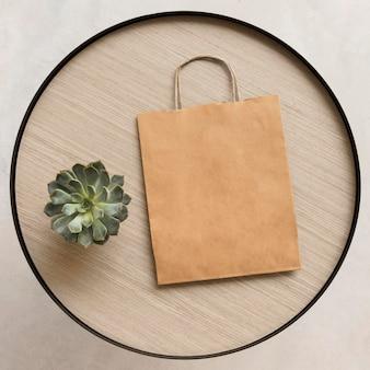 Bovenaanzicht papieren zak