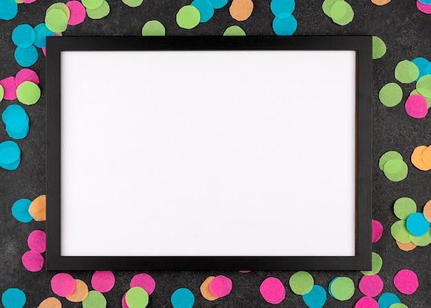Bovenaanzicht partijelementen met frame