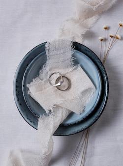 Bovenaanzicht plaat en ringen arrangement
