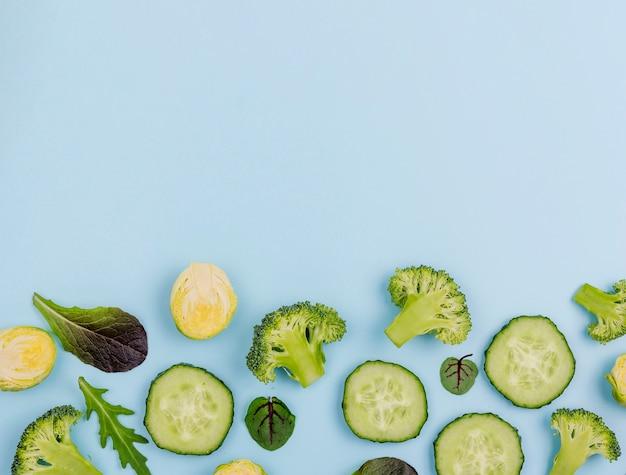Bovenaanzicht selectie van groenten met kopie ruimte
