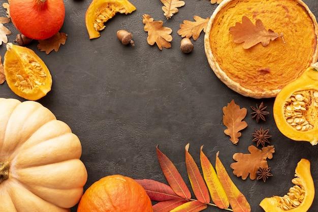 Bovenaanzicht thanksgiving-assortiment met eten