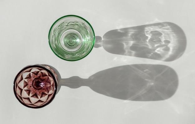 Bovenaanzicht transparante glazen schaduw