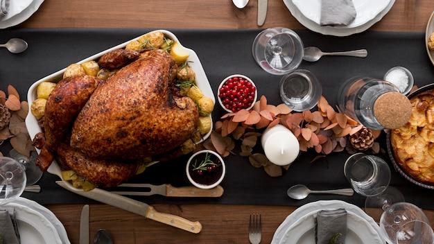 Bovenaanzicht turkije voorbereid op thanksgiving day
