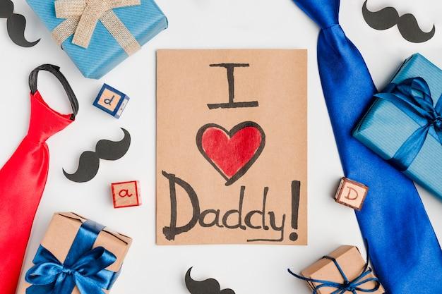 Bovenaanzicht vaderdag concept met cadeautjes