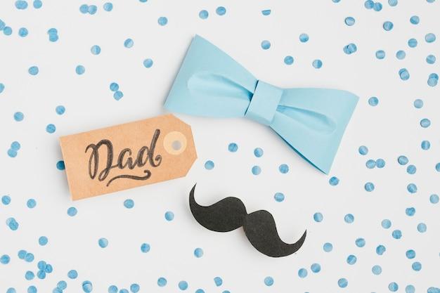 Bovenaanzicht vaderdag concept met tag