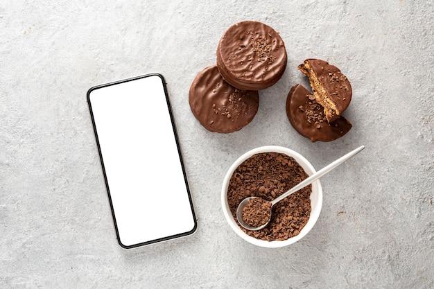Bovenaanzicht van alfajores cookies met kopie ruimte