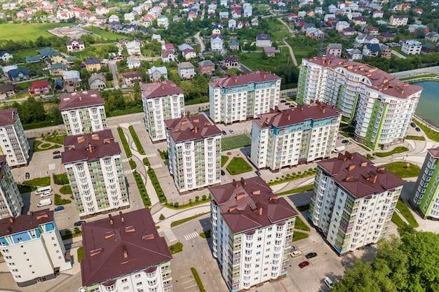 Bovenaanzicht van appartement hoge gebouwen