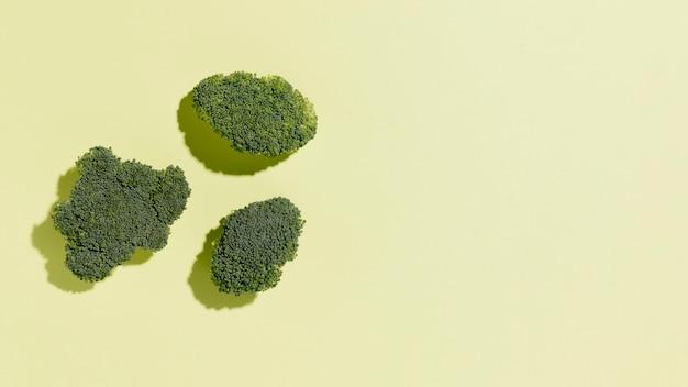 Bovenaanzicht van broccoli met kopie ruimte