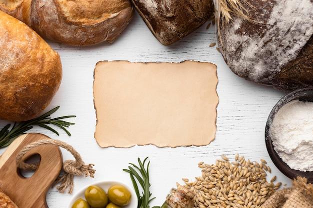 Bovenaanzicht van brood arrangement concept