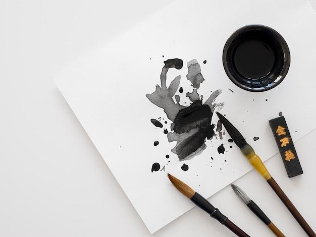 Bovenaanzicht van chinese inkt concept