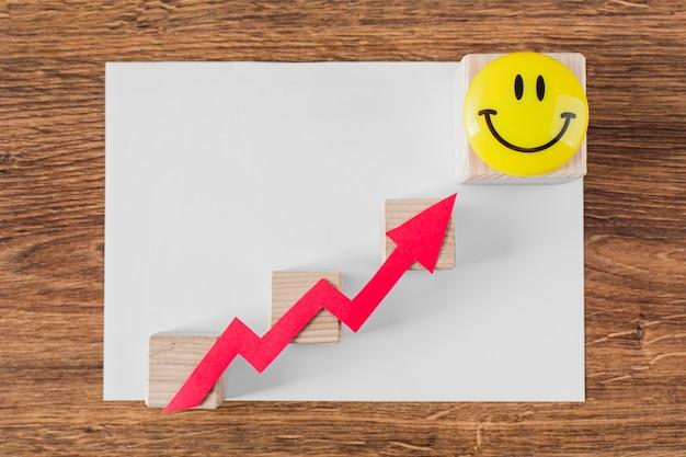 Bovenaanzicht van de groeipijl en smileygezicht