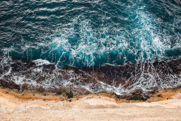 Bovenaanzicht van de middellandse zee, italië, napels