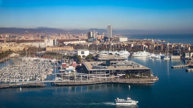 Bovenaanzicht van de oude port vell, barcelona, catalonië, spanje