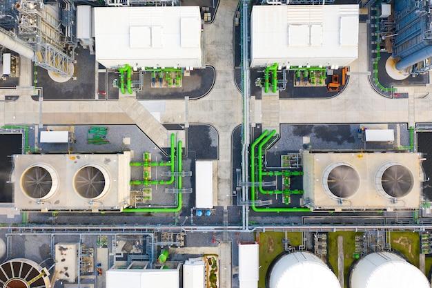 Bovenaanzicht van elektrisch onderstation, elektrisch en productie