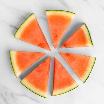 Bovenaanzicht van gesneden watermeloen