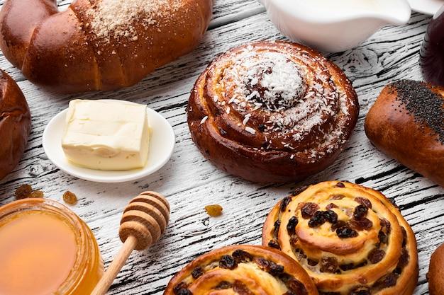 Bovenaanzicht van heerlijk gebak concept