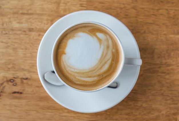 Bovenaanzicht van heerlijk kopje koffie