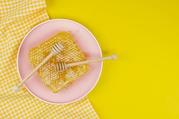 Bovenaanzicht van heerlijke honingraat