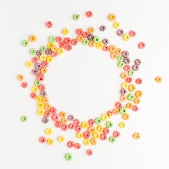 Bovenaanzicht van kleurrijke granen frame concept
