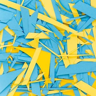 Bovenaanzicht van kleurrijke papieren knipsels