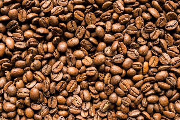 Bovenaanzicht van koffiebonen