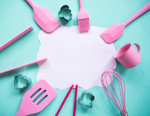 Bovenaanzicht van koken, bakkerij gebruiksvoorwerpen, gereedschap.