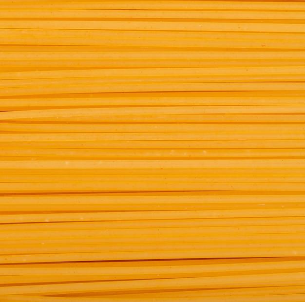 Bovenaanzicht van linguine pasta zoals