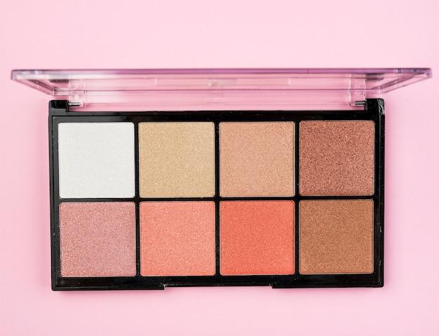 Bovenaanzicht van make-up palet