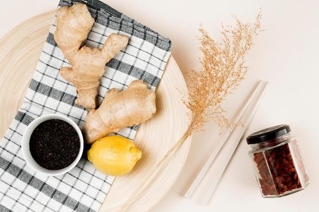 Bovenaanzicht van natuurlijke ingrediënt concept