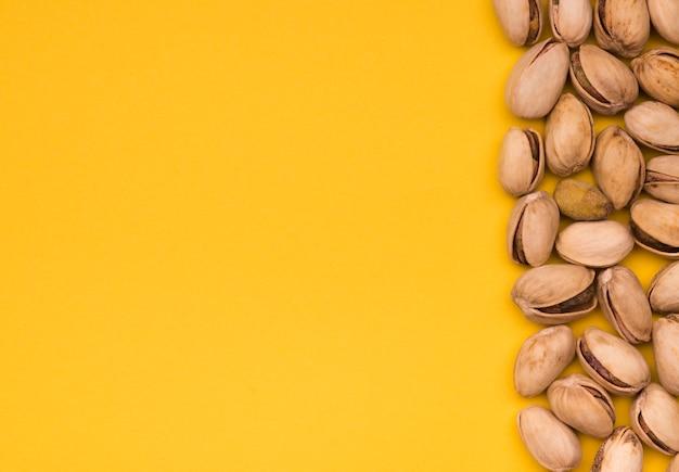 Bovenaanzicht van pistache met kopie ruimte