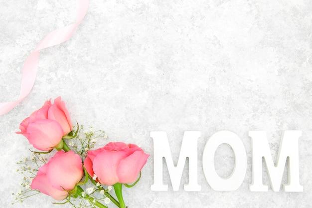 Bovenaanzicht van roze rozen boeket
