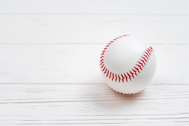 Bovenaanzicht van schoon honkbal