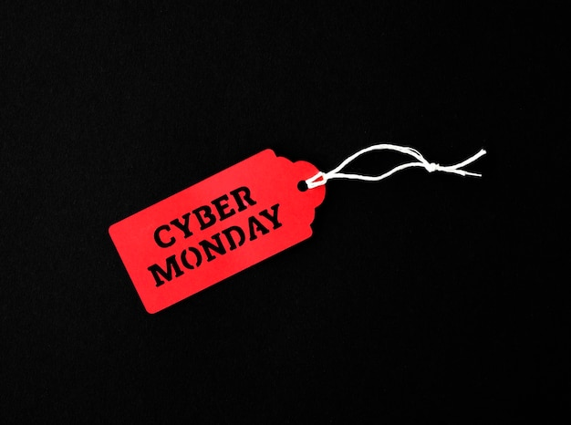 Bovenaanzicht van tag voor cyber maandag