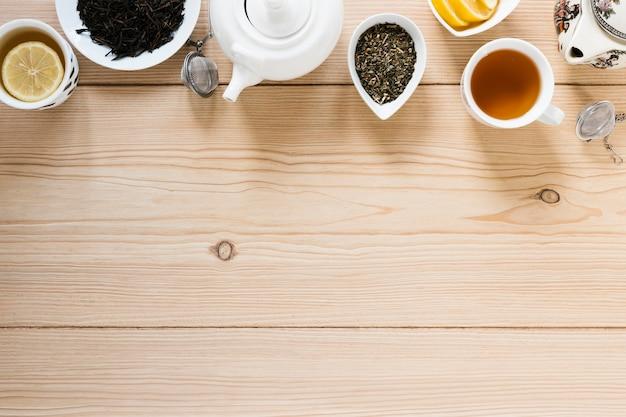 Bovenaanzicht van thee met kopie ruimte