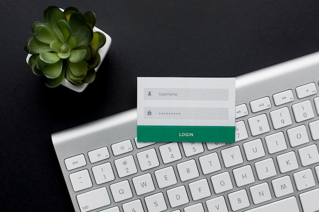 Bovenaanzicht van toetsenbord met gebruikersnaam en wachtwoordinformatie