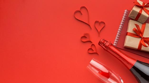 Bovenaanzicht van valentijnsdag concept met kopie ruimte