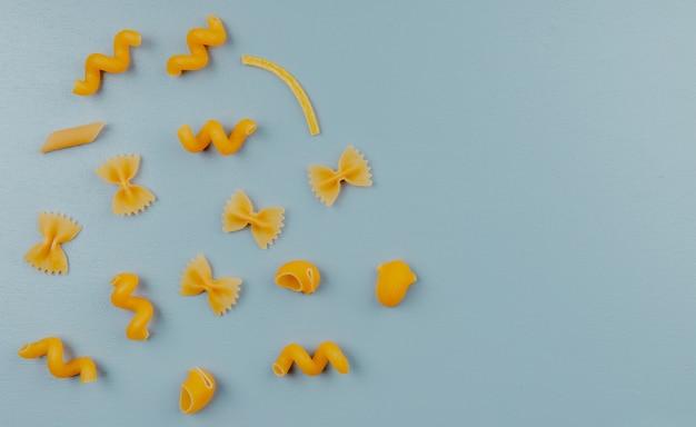 Bovenaanzicht van verschillende pasta