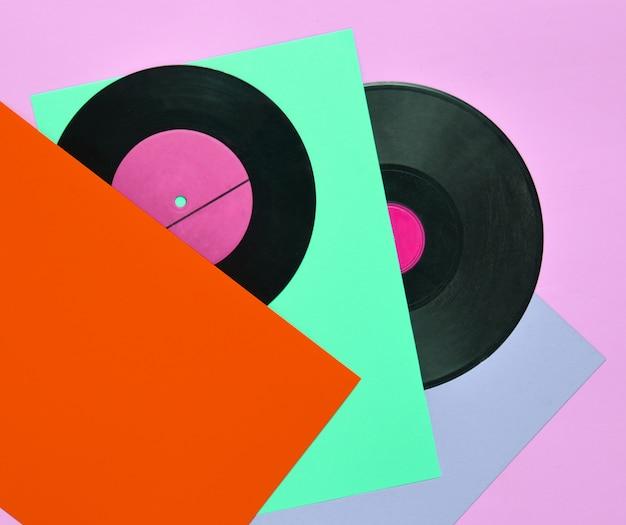 Bovenaanzicht van verschillende retro vinylplaten