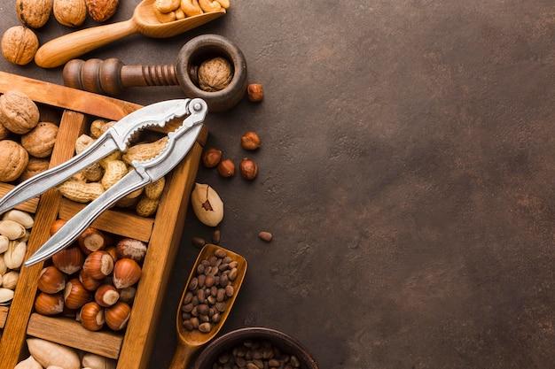 Bovenaanzicht van verschillende soorten noten