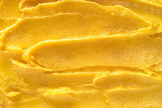 Bovenaanzicht van zacht mango sorbet oppervlak