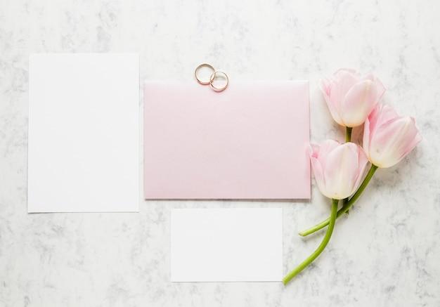 Bovenaanzicht verlovingsringen