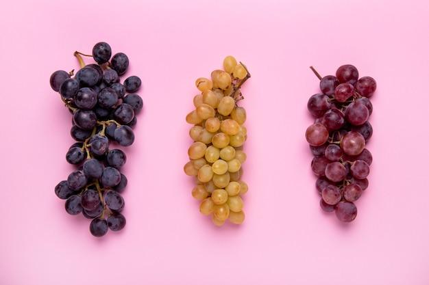Bovenaanzicht verschillende druivenregeling