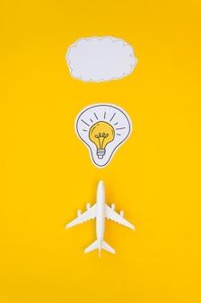 Bovenaanzicht vliegtuig en cloud